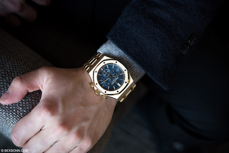Hands On The New Yellow Gold Audemars Piguet Royal Oak Chronograph