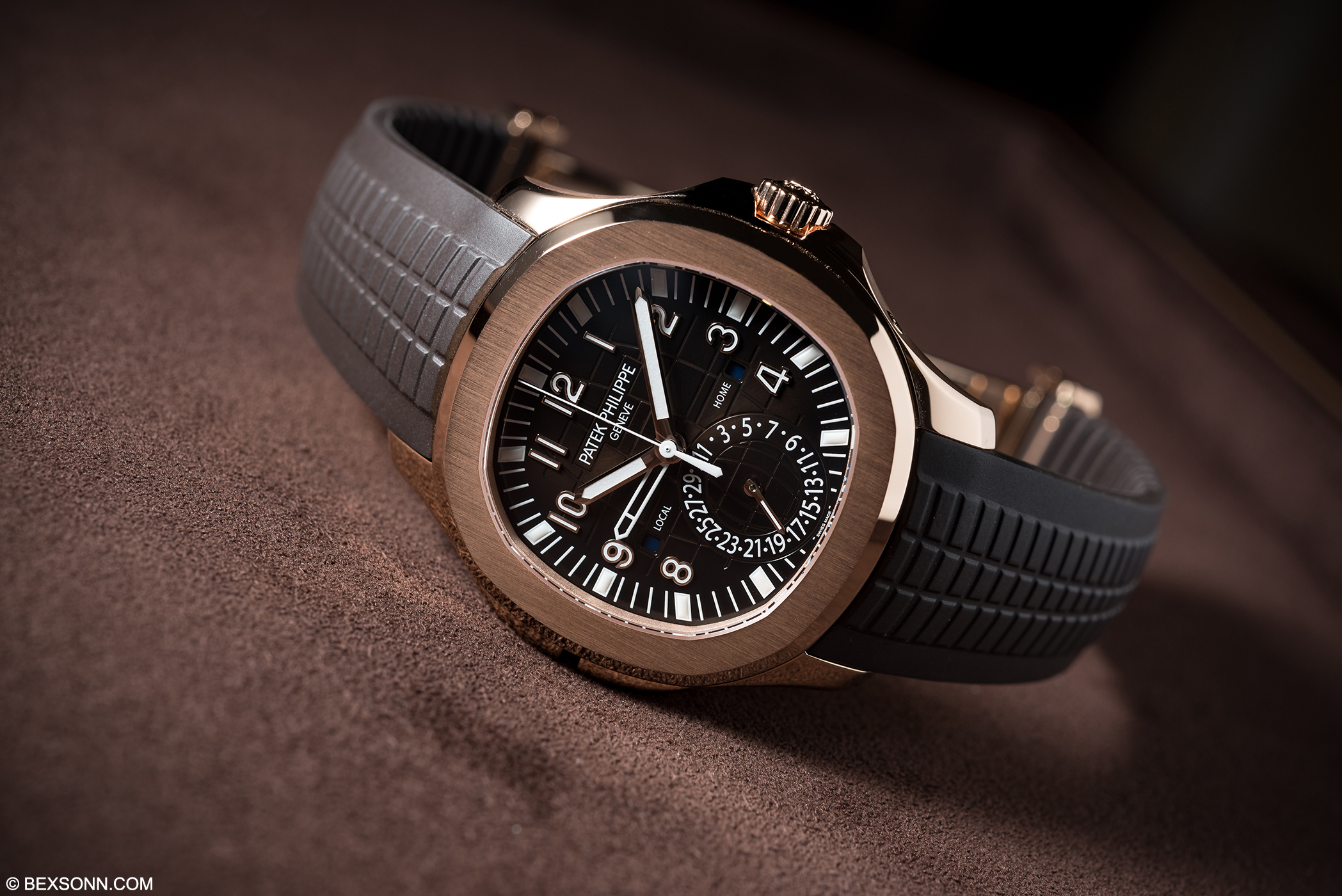 The New Patek Philippe Aquanaut Travel Time 5164r Bexsonn